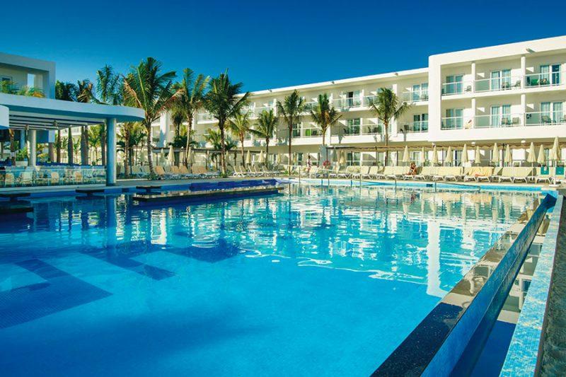 piscina-hotel-riu-reggae-4_tcm55-169064