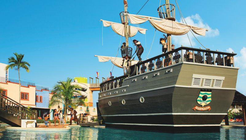 SUNMB_WaterPark_PiratesShip_2A