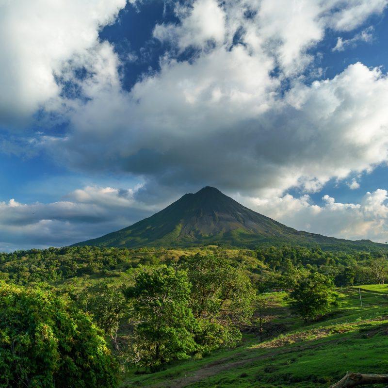 volcano-2355772