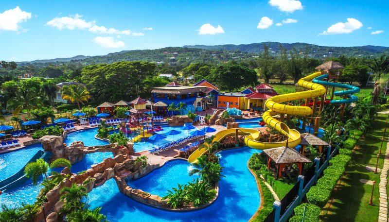 Jewel-Runaway-Bay-Beach-&-Golf-Resort-Beach