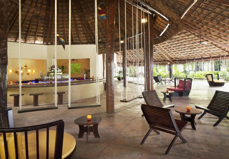 EDR Guacamayas Bar