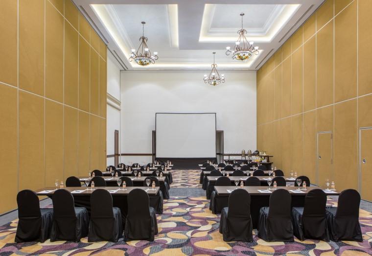 Hyatt-Zilara-Cancun-Meeting-Room-Classroom-Style