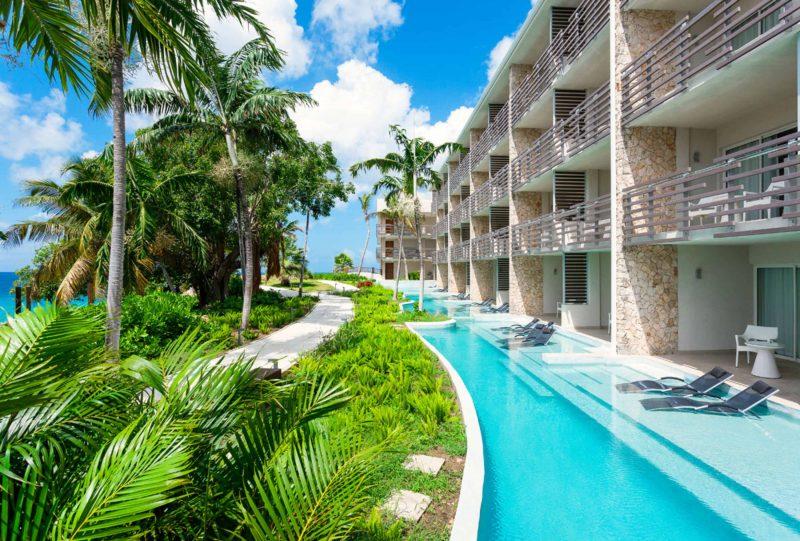 Pool-Swim-Out-Junior-suites